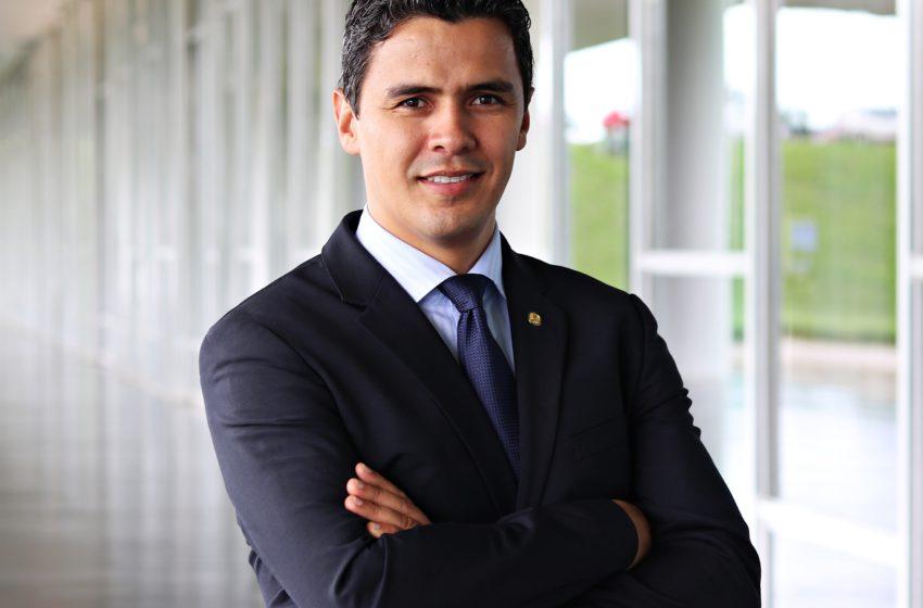 Parecer contra o deputado Diego Garcia será votado hoje